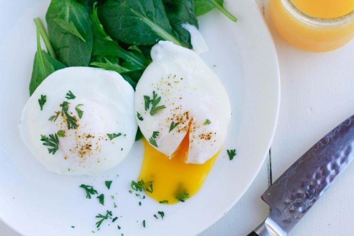 Keto Poached Eggs