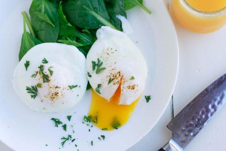 Keto Poached Eggs