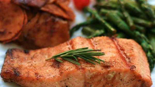 Cardamom maple salmon
