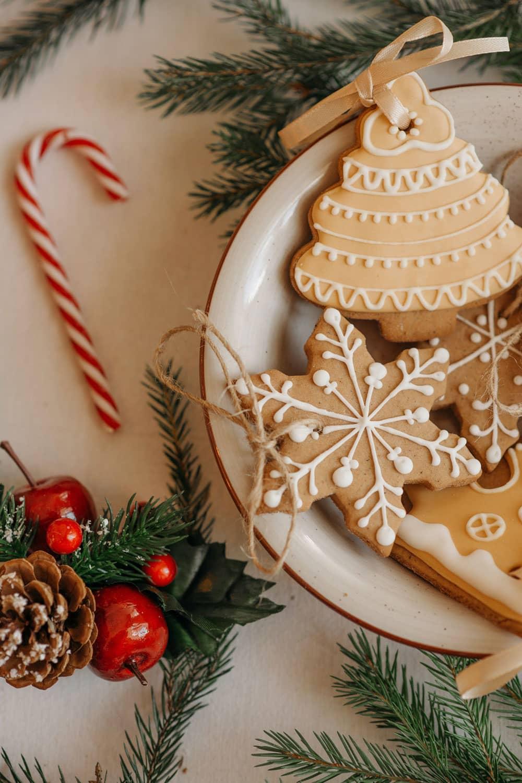 Applesauce Cinnamon Ornaments for Christmas Decor