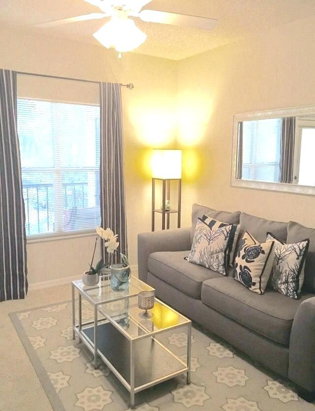 50+ Beautiful Living Room Home Decor 12