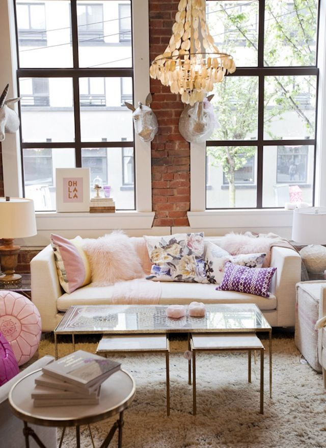 50+ Beautiful Living Room Home Decor 106